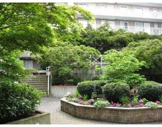"""Photo 7: 619 528 ROCHESTER Avenue in Coquitlam: Coquitlam West Condo for sale in """"THE AVE"""" : MLS®# V710689"""