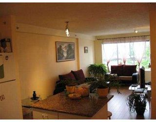 """Photo 2: 619 528 ROCHESTER Avenue in Coquitlam: Coquitlam West Condo for sale in """"THE AVE"""" : MLS®# V710689"""
