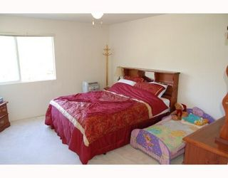 Photo 8: 24381 101ST AV in Maple Ridge: House for sale : MLS®# V733586