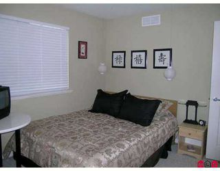 """Photo 6: 17097 64TH Ave in Surrey: Cloverdale BC Townhouse for sale in """"The Kentucky"""" (Cloverdale)  : MLS®# F2704470"""