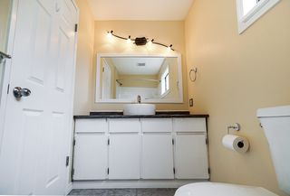 Photo 16: 15624 18 Avenue in Surrey: King George Corridor Townhouse for sale (South Surrey White Rock)  : MLS®# R2393800