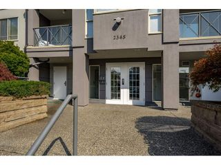 "Photo 2: 303 2345 CENTRAL Avenue in Port Coquitlam: Central Pt Coquitlam Condo for sale in ""Central Park Villa"" : MLS®# R2402085"