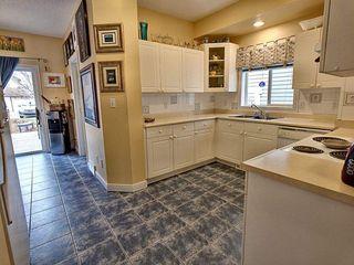 Photo 6: 1932 Tomlinson Way in Edmonton: Zone 14 House for sale : MLS®# E4179629