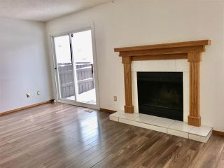 Photo 6: 920 LAKEWOOD Road N in Edmonton: Zone 29 Townhouse for sale : MLS®# E4179664