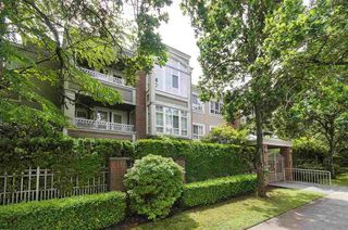 "Main Photo: 306 1010 W 42ND Avenue in Vancouver: South Granville Condo for sale in ""OAK GARDENS"" (Vancouver West)  : MLS®# R2428648"