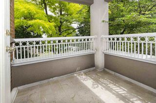"""Photo 10: 306 1010 W 42ND Avenue in Vancouver: South Granville Condo for sale in """"OAK GARDENS"""" (Vancouver West)  : MLS®# R2428648"""