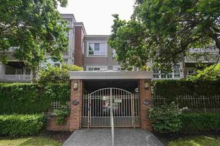 """Photo 20: 306 1010 W 42ND Avenue in Vancouver: South Granville Condo for sale in """"OAK GARDENS"""" (Vancouver West)  : MLS®# R2428648"""