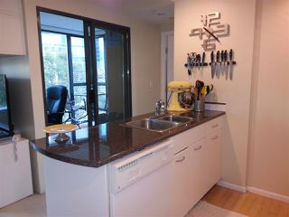 """Photo 4: 509 1331 W GEORGIA Street in Vancouver: Coal Harbour Condo for sale in """"THE POINTE"""" (Vancouver West)  : MLS®# R2431907"""