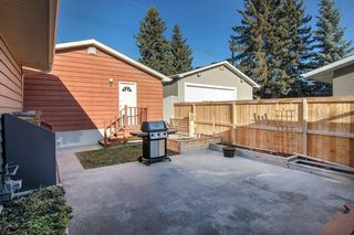 Photo 27: 5735 LADBROOKE DR SW in Calgary: Lakeview House for sale : MLS®# C4273443