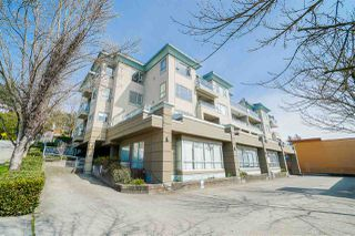 "Main Photo: 104 1085 W 17TH Street in North Vancouver: Pemberton NV Condo for sale in ""LLOYD REGENCY"" : MLS®# R2465194"