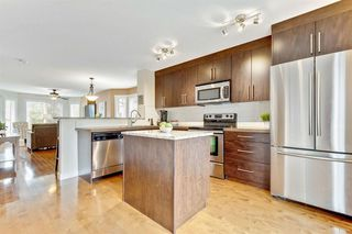 Photo 13: 101 ASPEN HILLS Drive SW in Calgary: Aspen Woods Row/Townhouse for sale : MLS®# A1009778