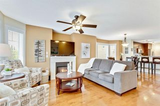 Photo 3: 101 ASPEN HILLS Drive SW in Calgary: Aspen Woods Row/Townhouse for sale : MLS®# A1009778