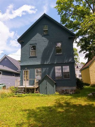 Photo 4: 127 Water Street in Shelburne: 407-Shelburne County Residential for sale (South Shore)  : MLS®# 202014293