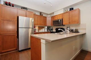 "Photo 6: 205 33328 E BOURQUIN Crescent in Abbotsford: Central Abbotsford Condo for sale in ""Natures Gate"" : MLS®# R2481691"