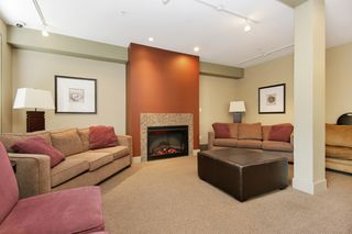 "Photo 14: 205 33328 E BOURQUIN Crescent in Abbotsford: Central Abbotsford Condo for sale in ""Natures Gate"" : MLS®# R2481691"