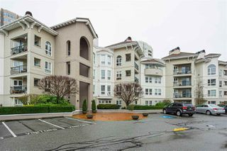 Photo 1: 212 3172 GLADWIN Road in Abbotsford: Central Abbotsford Condo for sale : MLS®# R2527856