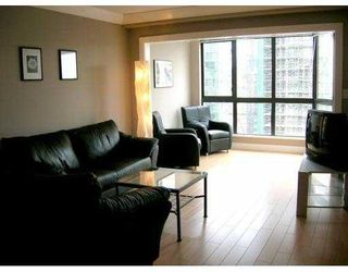 """Photo 1: 1207 488 HELMCKEN Street in Vancouver: Downtown VW Condo for sale in """"ROBINSON TOWER"""" (Vancouver West)  : MLS®# V640232"""