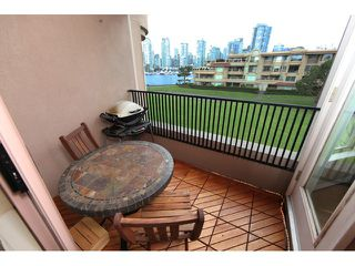Photo 10: 313 1869 Spyglass Place in Vancouver: False Creek Condo for sale (Vancouver West)  : MLS®# V870454