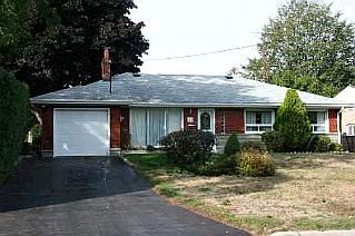 Photo 1: 44 BRINLOOR BLVD in TORONTO: Freehold for sale