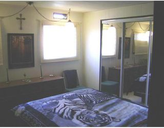 Photo 4: 480 AUGIER Avenue in WINNIPEG: Westwood / Crestview Residential for sale (West Winnipeg)  : MLS®# 2718309