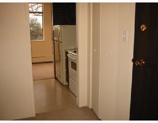 "Photo 3: 502 5350 BALSAM Street in Vancouver: Kerrisdale Condo for sale in ""BALSAM HOUSE"" (Vancouver West)  : MLS®# V676878"