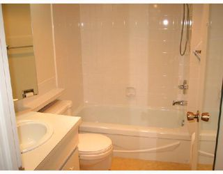 "Photo 9: 502 5350 BALSAM Street in Vancouver: Kerrisdale Condo for sale in ""BALSAM HOUSE"" (Vancouver West)  : MLS®# V676878"
