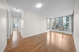 """Main Photo: 704 1288 W GEORGIA Street in Vancouver: West End VW Condo for sale in """"THE RESIDENCES ON GEORGIA"""" (Vancouver West)  : MLS®# R2398086"""
