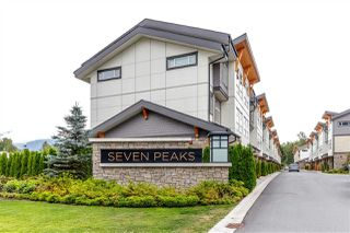 """Main Photo: 22 39548 LOGGERS Lane in Squamish: Brennan Center Townhouse for sale in """"SEVEN PEAKS"""" : MLS®# R2410140"""
