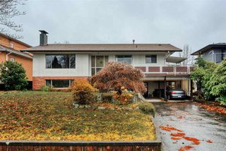 Main Photo: 5060 HARDWICK Street in Burnaby: Greentree Village House for sale (Burnaby South)  : MLS®# R2420451