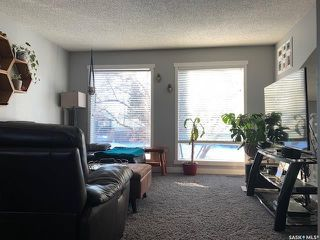 Photo 2: 414 La Loche Place in Saskatoon: Lawson Heights Residential for sale : MLS®# SK796302