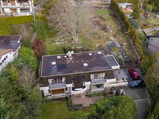 "Photo 3: 1055 ELVEDEN Row in West Vancouver: British Properties House for sale in ""British Properties"" : MLS®# R2433318"