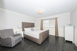 """Photo 5: 7107 196 Street in Surrey: Clayton House for sale in """"Clayton Heights"""" (Cloverdale)  : MLS®# R2437171"""