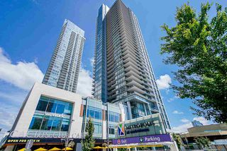 """Photo 1: 1807 6098 STATION Street in Burnaby: Metrotown Condo for sale in """"Station Square 2"""" (Burnaby South)  : MLS®# R2475417"""