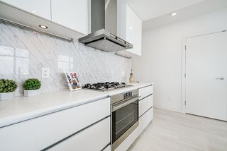 """Photo 10: 1807 6098 STATION Street in Burnaby: Metrotown Condo for sale in """"Station Square 2"""" (Burnaby South)  : MLS®# R2475417"""