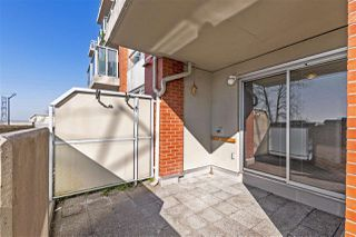 """Photo 17: 112 3811 HASTINGS Street in Burnaby: Vancouver Heights Condo for sale in """"MONDEO"""" (Burnaby North)  : MLS®# R2479103"""