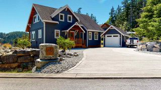 Photo 1: SL43 4622 SINCLAIR BAY Road in Madeira Park: Pender Harbour Egmont House for sale (Sunshine Coast)  : MLS®# R2480681