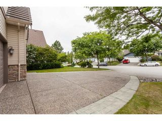 "Photo 2: 21058 85A Avenue in Langley: Walnut Grove House for sale in ""MANOR PARK"" : MLS®# R2493956"