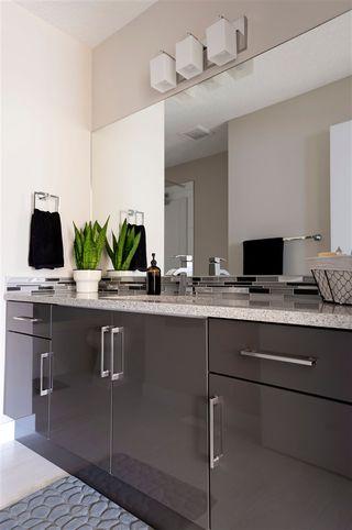 Photo 34: 1320 158 Street SW in Edmonton: Zone 56 House for sale : MLS®# E4214460