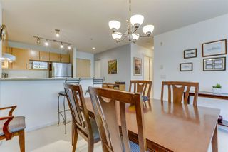 Photo 8: 208 400 KLAHANIE DRIVE in Port Moody: Port Moody Centre Condo for sale : MLS®# R2496375