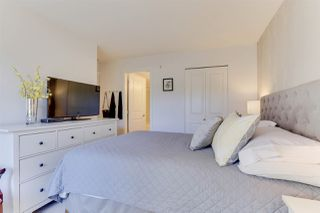 Photo 15: 208 400 KLAHANIE DRIVE in Port Moody: Port Moody Centre Condo for sale : MLS®# R2496375
