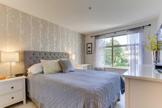 Photo 13: 208 400 KLAHANIE DRIVE in Port Moody: Port Moody Centre Condo for sale : MLS®# R2496375