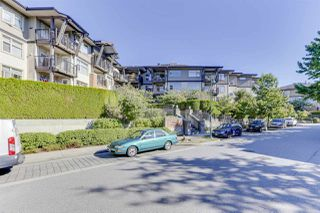 Photo 3: 208 400 KLAHANIE DRIVE in Port Moody: Port Moody Centre Condo for sale : MLS®# R2496375