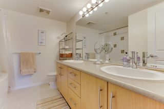 Photo 16: 208 400 KLAHANIE DRIVE in Port Moody: Port Moody Centre Condo for sale : MLS®# R2496375