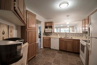 """Photo 8: 102 1255 BEST Street: White Rock Condo for sale in """"THE AMBASSADOR"""" (South Surrey White Rock)  : MLS®# R2506778"""