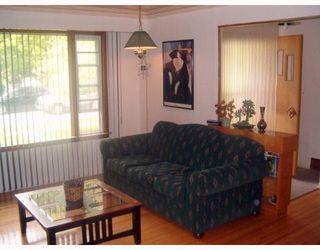 Photo 3: 501 OAKLAND Avenue in WINNIPEG: North Kildonan Single Family Detached for sale (North East Winnipeg)  : MLS®# 2708833