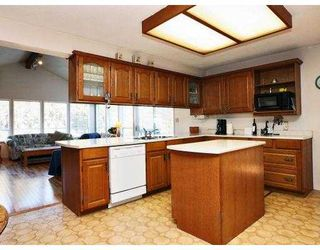 Photo 2: 3749 NITHSDALE Street in Burnaby: Burnaby Hospital House for sale (Burnaby South)  : MLS®# V684900