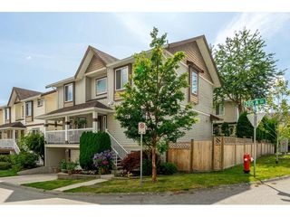 """Photo 2: 6655 205A Street in Langley: Willoughby Heights House for sale in """"Willow Ridge - Central Willoughby"""" : MLS®# R2391744"""