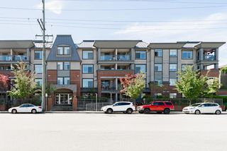 """Main Photo: 204 2330 WILSON Avenue in Port Coquitlam: Central Pt Coquitlam Condo for sale in """"SHAUGHNESSY WEST"""" : MLS®# R2392725"""