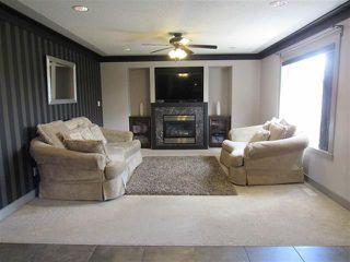 Photo 6: 2435 HAGEN WY NW in Edmonton: Zone 14 House for sale : MLS®# E4165714