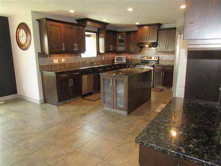 Photo 4: 2435 HAGEN WY NW in Edmonton: Zone 14 House for sale : MLS®# E4165714